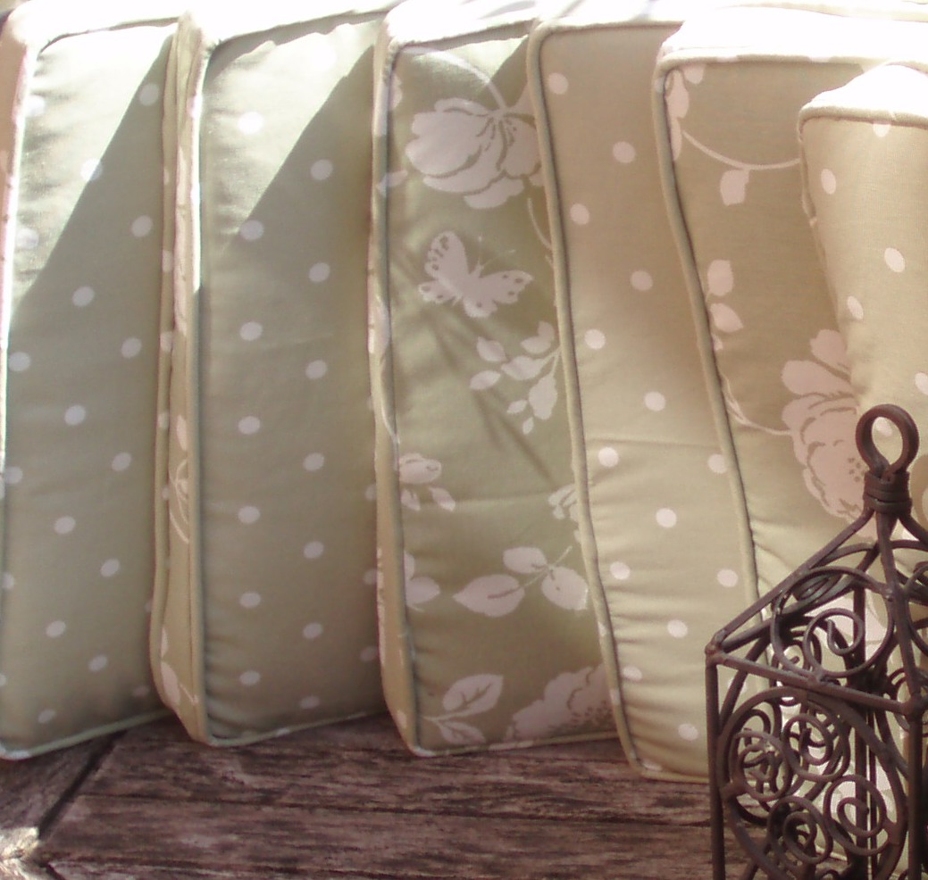 Spotty Sage All Have A Zipped Closure And Compliment The Roman Blind